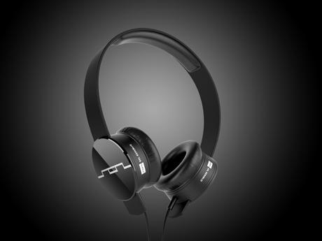 SOL REPUBLIC V8 Headphones